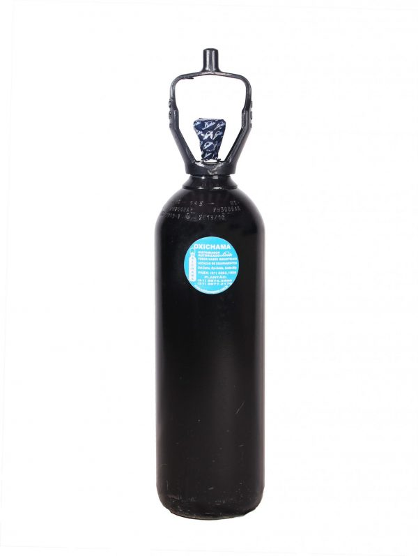 cilindro de oxigenio industrial 600x797 - Cilindro de Oxigênio Industrial